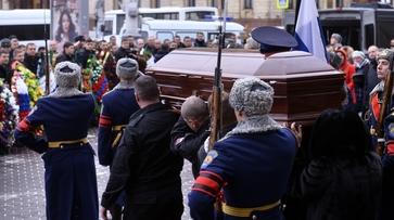 В Воронеже простились с погибшим при перестрелке с боевиками спецназовцем ФСБ