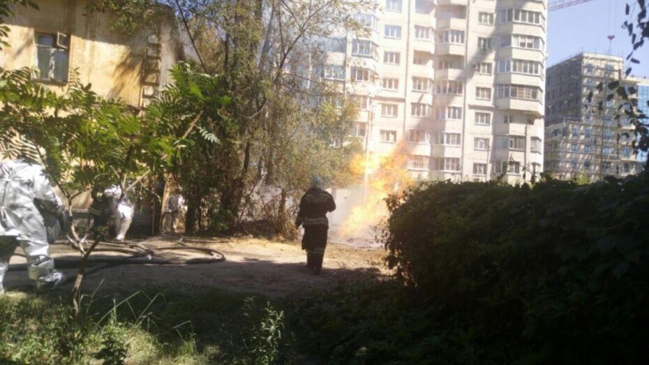 Воронежские спасатели сняли на видео последствия прорыва газовой трубы