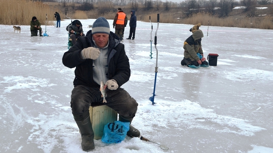 В Бутурлиновке прошел межрайонный турнир по подледному лову
