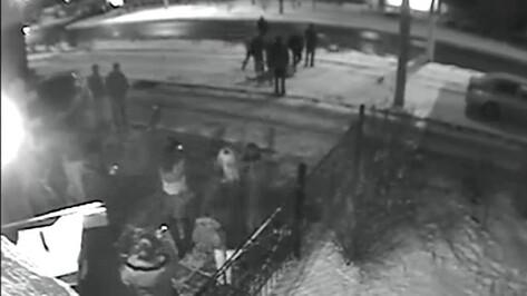После приговора появилось видео массовой драки у воронежского кафе «Прага»