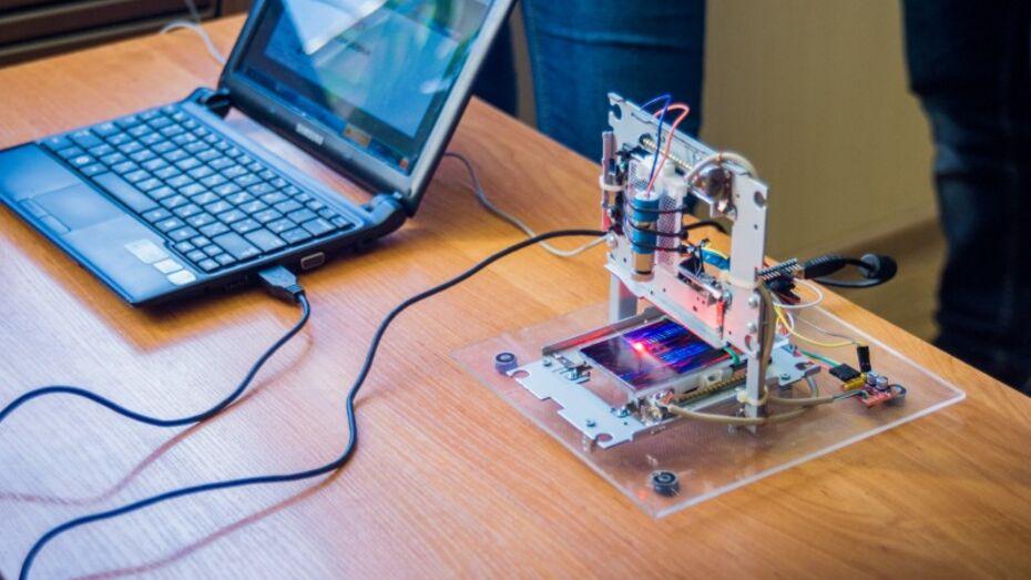 Новые кружки для школьников организовали в лискинском центре технического творчества