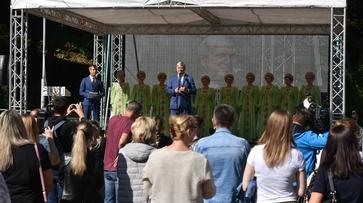 Воронежский губернатор открыл фестиваль «Город-сад» в Центральном парке