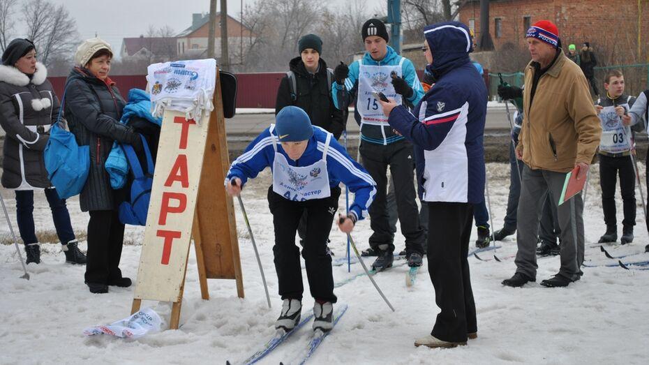 В селе Семилуки прошло открытое школьное первенство по лыжным гонкам