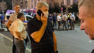 В Воронеже на место взрыва автобуса приехал губернатор