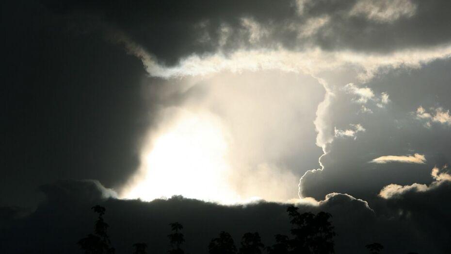 Спасатели дали воронежцам штормовое предупреждение на 1 августа
