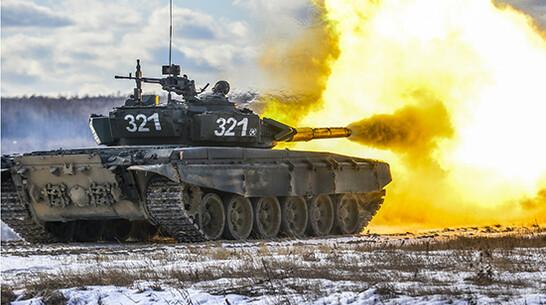 Воронежские военные предотвратили отступление условного противника в задымленной местности