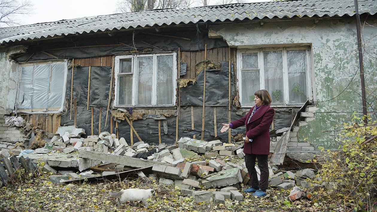 Куда деваться? Воронежские экс-заводчане десятилетиями живут в бараке для сезонных рабочих