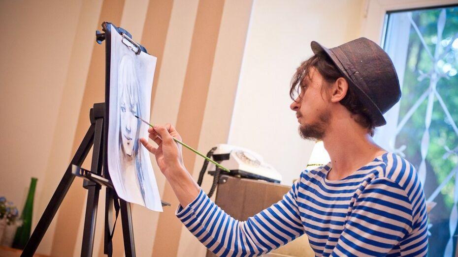 В Воронеже художник Сергей Баловин обменяет портреты на подарки к свадьбе