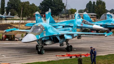 Самолеты Су-34 разбомбили учебные цели под Воронежем