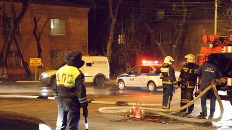 Пожар в строящейся многоэтажке в Воронеже попал на видео