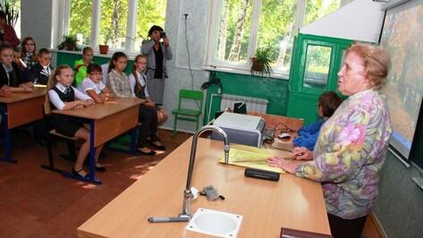 Потомки дворян провели урок истории в сельской школе Аннинского района