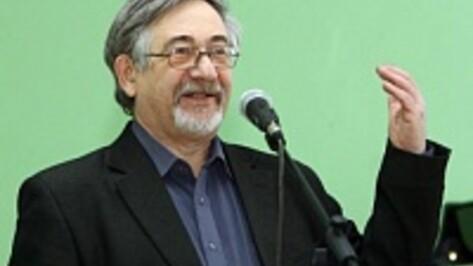 В Воронеже диктант для журналистов проведет профессор Стернин