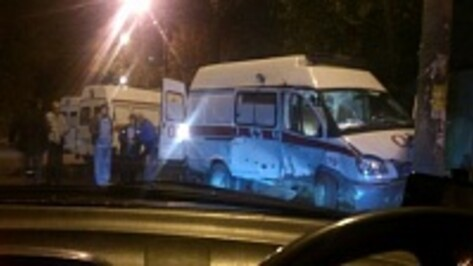 В Воронеже «скорая» с роженицей попала в аварию
