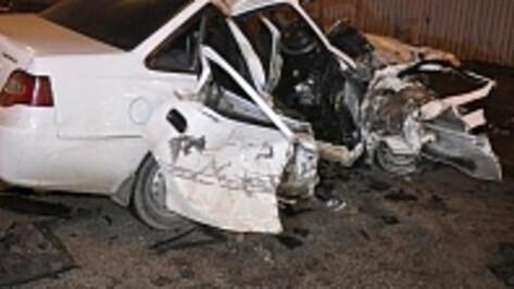Пассажирка Daewoo пострадала в Воронеже при столкновении с Ford