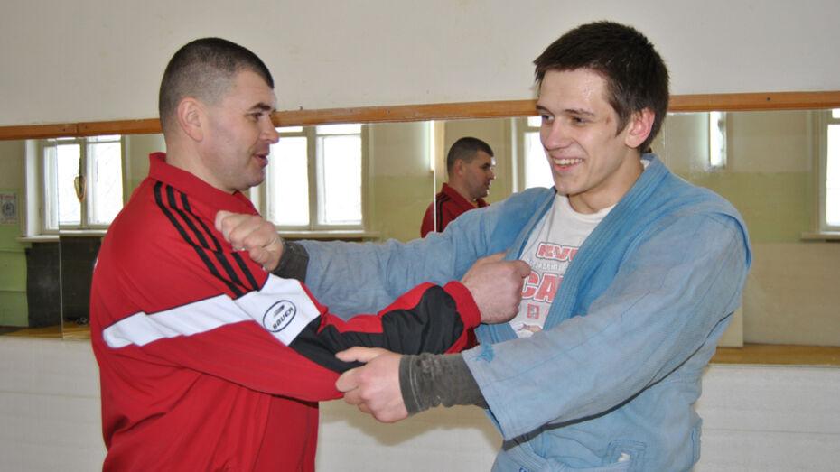 Семилукский самбист победил во всероссийском турнире