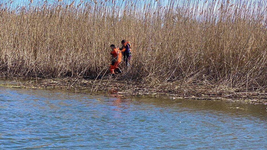 Спустя 2 месяца нашли тело провалившегося под лед мальчика в Воронежской области