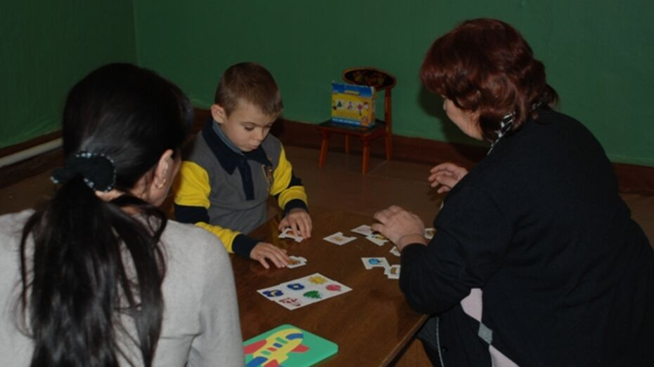 В Кантемировке открыта школа приемных родителей