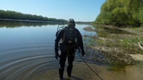 В Верхнем Мамоне перед началом купального сезона очистили дно Дона в районе трех пляжей