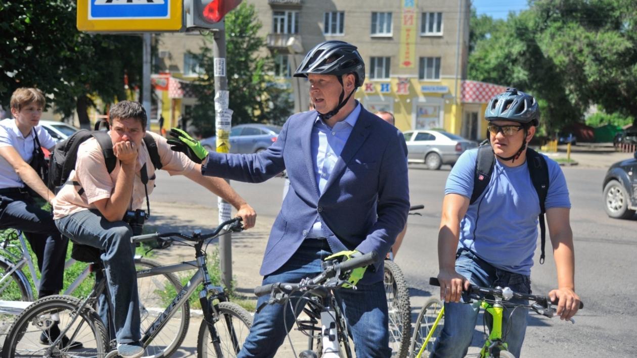Воронежские чиновники проверили на себе первый городской веломаршрут