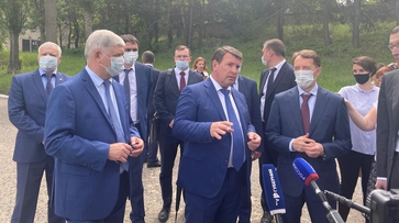 Вице-спикер Госдумы и воронежский губернатор проверили правобережные очистные сооружения