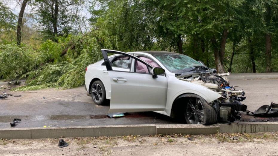 В Воронежской области 17-летний водитель без прав устроил ДТП
