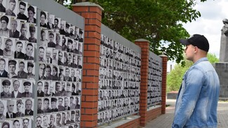 В Борисоглебске установили мемориал «Парад победителей»