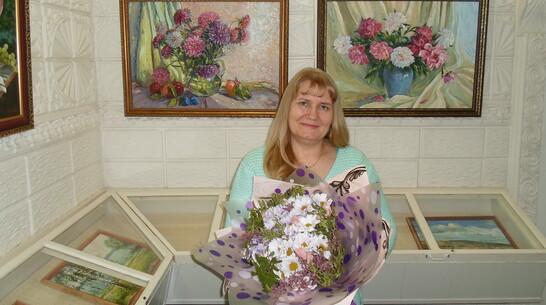 Выставка кантемировской художницы Елены Косовой открылась в Павловске