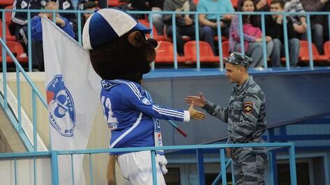 Воронежский «Факел» оштрафовали за поведение Бобра