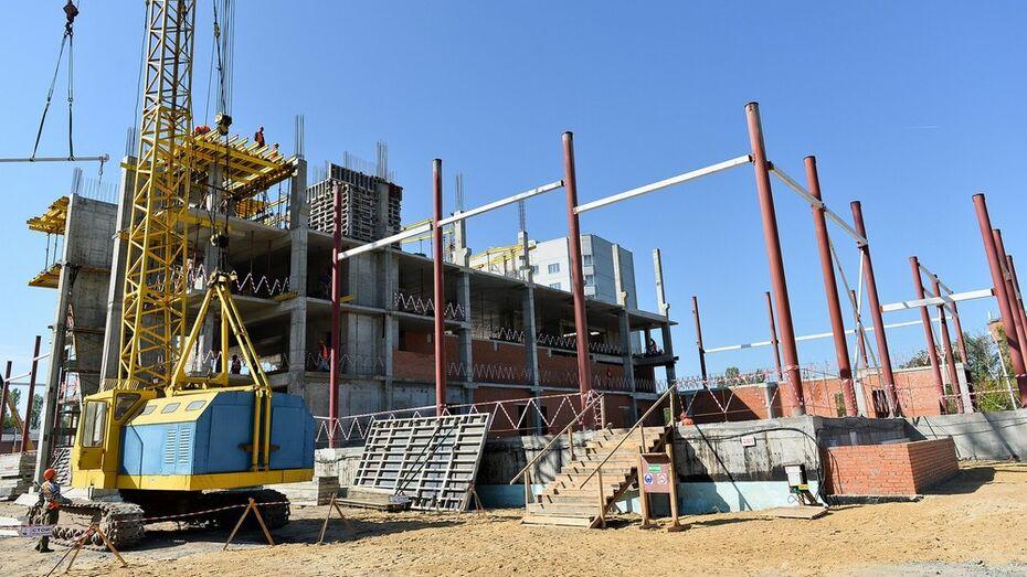 Пятиэтажный спорткомплекс откроется в Семилуках в марте 2015 года