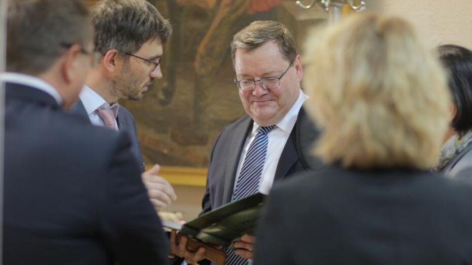 Посол Ирландии пообещал наладить сотрудничество с Воронежским университетом