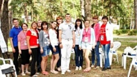 Верхнемамонцы получили сертификаты «Молгорода»