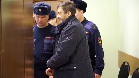 Облсуд оставил в СИЗО водителя, обвиняемого в попытке убить воронежского курсанта МЧС