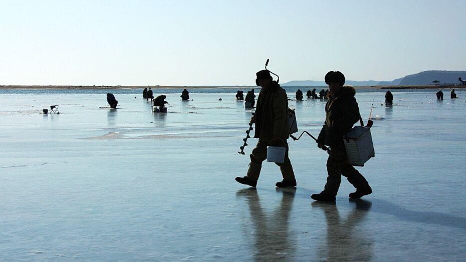 МЧС России обогреет рыбаков
