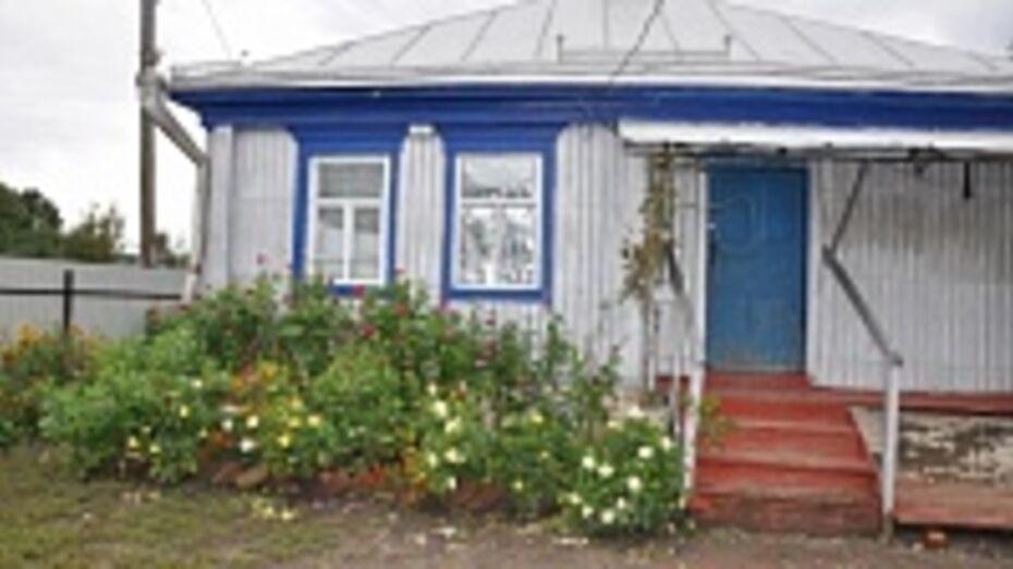Парень, зарезавший мать и дядю в Воронежской области, признан невменяемым