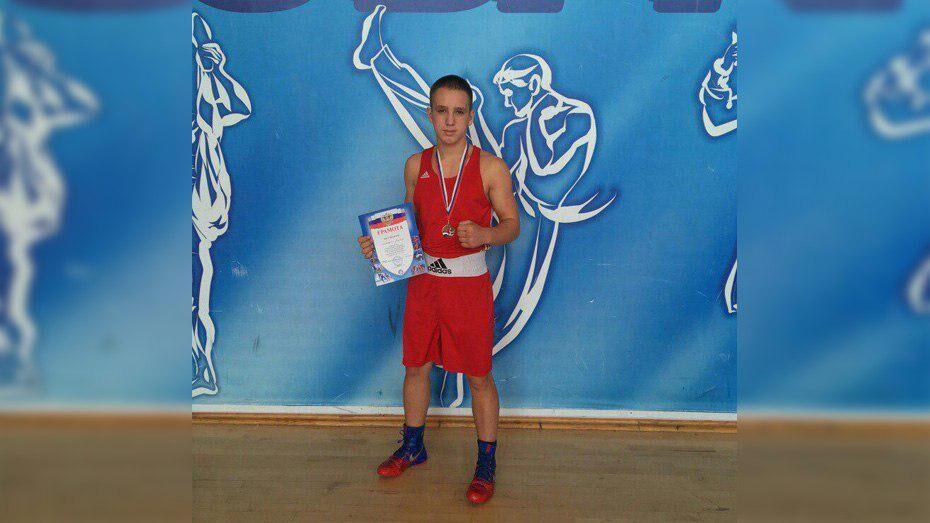 Грибановский боксер стал призером всероссийского турнира