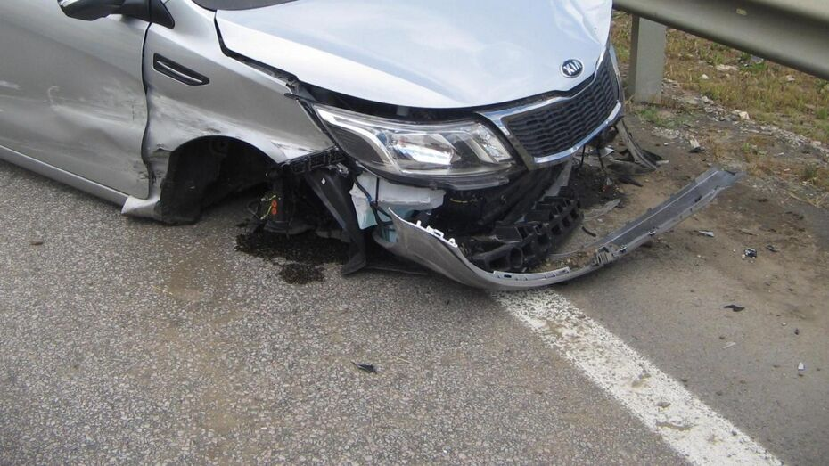 Под Воронежем разбился водитель Kia