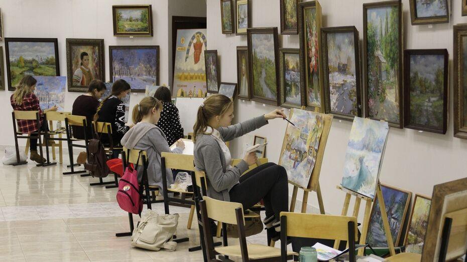В Лискинском соборе откроют выставку работ воспитанников изостудии