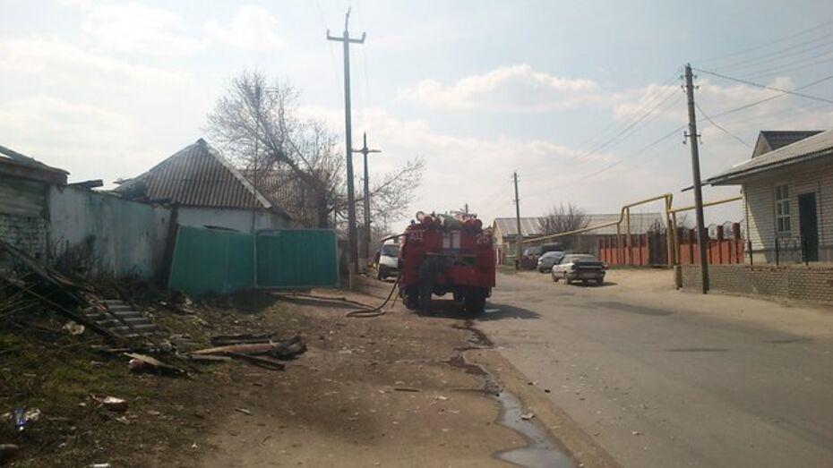 В Россошанском районе электрическая проводка 1923 года стала причиной пожара