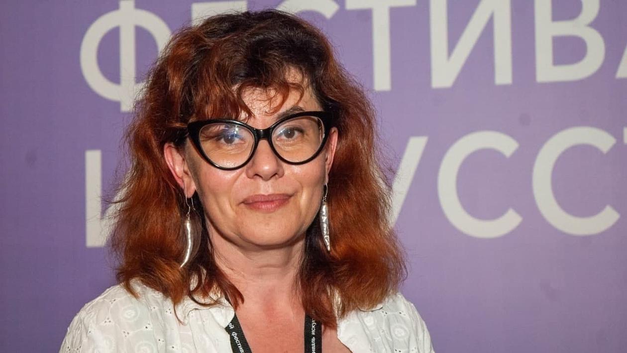 Писательница Марина Степнова в Воронеже: «Я росла под копытами рысаков в Хреновом»