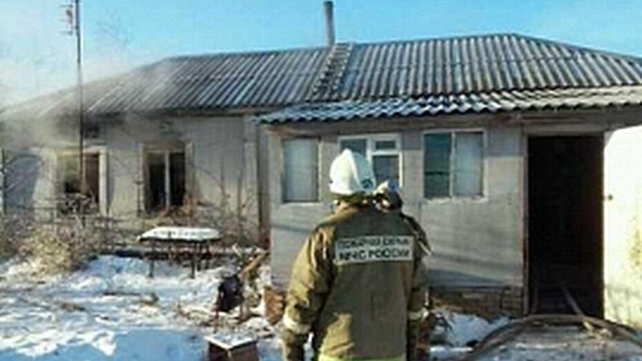Под Воронежем на пожаре погибла женщина