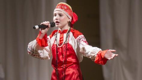 Рамонская школьница завоевала второе место на Всероссийском фестивале «Хрустальное сердце мира»