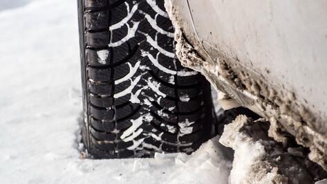 Снегопад вызвал в Воронеже утренние пробки