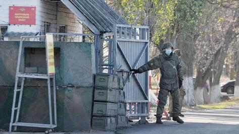 Обвиняемый в расстреле сослуживцев воронежский срочник отказался давать показания