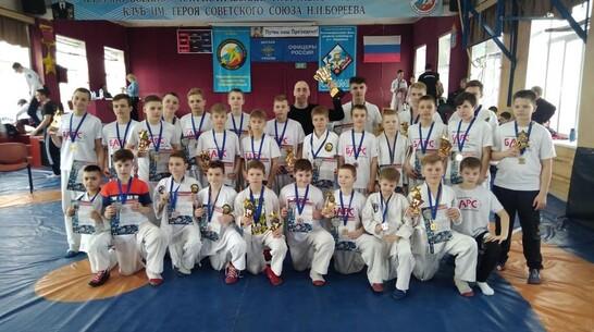 Борисоглебские рукопашники завоевали 14 золотых медалей на межрегиональном турнире