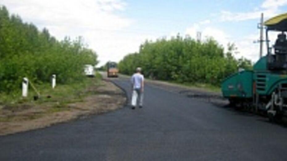 В Семилукском районе отремонтировали семь километров дороги регионального значения