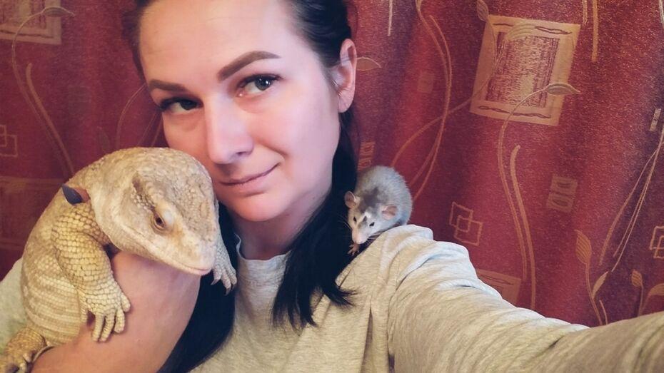 Жительница таловского села Орловка собрала дома коллекцию экзотических рептилий и насекомых