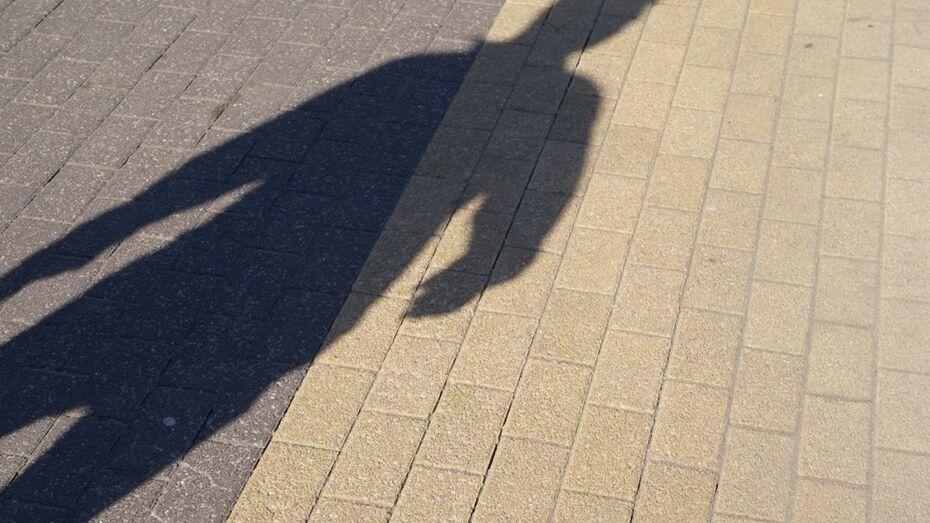 В Воронеже педофил совершил сексуальное насилие над школьницей в лесопосадке