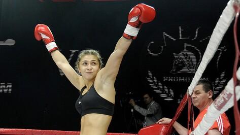 Боксер из Воронежа Татьяна Зражевская победила украинскую спортсменку в рейтинговом бою