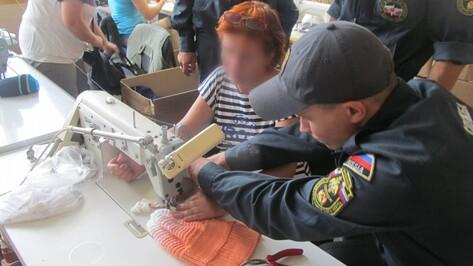 В Воронеже спасатели вынули из пальца женщины швейную иглу