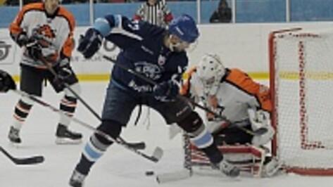 «Буран» победил нижнетагильский «Спутник», проигрывая две шайбы